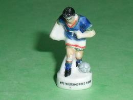 Fèves / Sports : Foot , N°7 Arrière Droit 1998    T14 - Sports