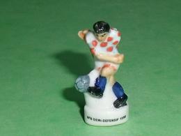 Fèves / Sports : Foot , N°5 Defensif 1998  T14 - Sports