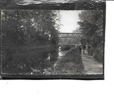 71-ECUISSES-( Montchanin)-Une Vue Animée Du HALAGE D'une Péniche Sous Le Pont Jeanne-Rose Par 2 Chevaux - France