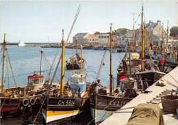 SAINT VAAST LA HOUGUE Les Quais Les Cordiers Et Le Port 21(scan Recto-verso) MA752 - Saint Vaast La Hougue