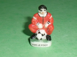 Fèves / Sports : Vive Le Foot 1998 ( Grand Modèle )             T13 - Sports