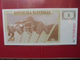 SLOVENIE 2 TOLARJEV 1990 PEU CIRCULER/NEUF - Slovénie