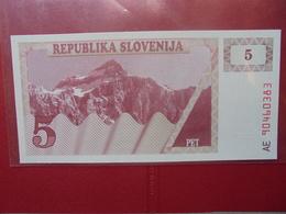 SLOVENIE 5 TOLARJEV 1990 PEU CIRCULER/NEUF - Eslovenia