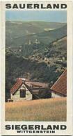 Deutschland - Sauerland 1962 - Faltblatt Mit Farbiger Karte 1:200'000 - Rückseitig 10 Abbildungen - Kartographie Und Vig - Tourism Brochures