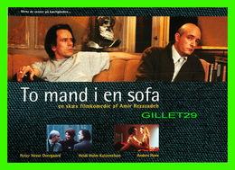 AFFICHE DE CINÉMA - DEUX HOMMES SUR LE CANAPÉ - TO MAND I EN SOFA - GO-CARD 1994 No 1120 - - Affiches Sur Carte
