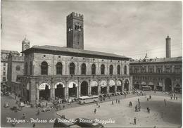 W3774 Bologna - Palazzo Del Podestà E Piazza Maggiore - Auto Cars Voitures Bus Autobus / Non Viaggiata - Bologna