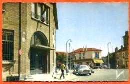 93 DRANCY Carrefour De La Poste  Voy 1966 Voitures - Drancy
