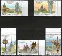 Russia/Russland 2002 - 300 Years St. Petersburg Scott 6695-99 Michel 976-80 **/MNH - 1992-.... Fédération