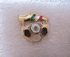 Juve Scarpe Pallone Juve Soccer Pins Torino BiancoNero Calcio Football Juventus - Calcio