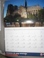 Calendrier Des Donnerus De Sang Avec 12 Vues De Paris Dont Nore Dame - Kalenders