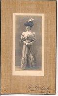 L120B578 - Portrait D'une Femme - A.Fernbach Toulon - Blason à Gauche Bas - Photos