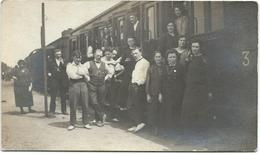 TEMSE- Aankomst Van Eerste Trein In Station - Lieux