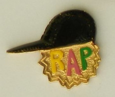 RR190 Pin's Musique RAP Casquette ACHAT IMMEDIAT - Music