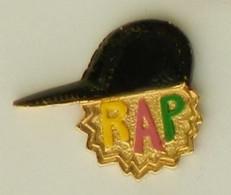RR190 Pin's Musique RAP Casquette ACHAT IMMEDIAT - Música