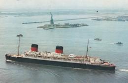 """CPM 9X14. Paquebot De La Transatlantique : Le """"LIBERTE"""" Dans Le Port De New York - Paquebots"""