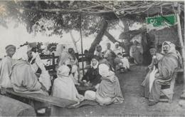 AK 0275  Scenes & Types - Un Cafe Maure Ca. Um 1910 - Afrika
