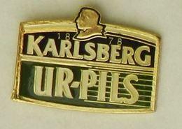 N292 Pin's Bière Bier Beer KARLSBERG UR-PILS - Bière