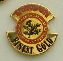 N304 Pin's Bière Bier Beer Gordon Finest Gold Achat Immediat - Bière