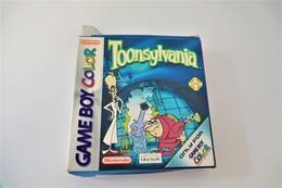 NINTENDO GAMEBOY COLOR : TOONSYLVNIA Box And Papers- UBISOFT Benelux - 1999 - Consoles De Jeux