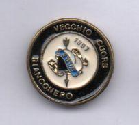 Soccer Pins Torino Juve Vecchio Cuore BiancoNero Calcio Football Pin Gruppo Storico - Juventus - Calcio