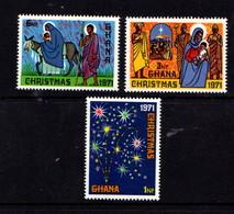 GHANA   1971    Christmas    Set  Of  3    MH - Ghana (1957-...)