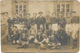 PLEAUX: Carte Photo : Equipe De Rugby 1927-1928 De L'Etudiant Club Pléaudien (Cliché Laviale) - France