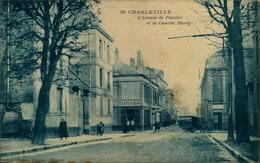 N°2029 RRR DID 4 CHARLEVILLE AVENUE DE FLANDRE ET CASERNE HARDY - Charleville