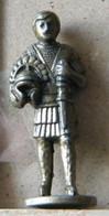 MONDOSORPRESA, (SLDN°29) KINDER FERRERO, SOLDATINI IN METALLO  ROMANI 1978/86, 40 MM - Figurine In Metallo