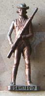 MONDOSORPRESA, (SLDN°33) KINDER FERRERO, SOLDATINI IN METALLO USA, SCAME  40MM - Figurine In Metallo