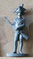 MONDOSORPRESA, (SLDN°40) KINDER FERRERO, SOLDATINI IN METALLO 18 - 19 SECOLO D20 35 MM - Figurines En Métal