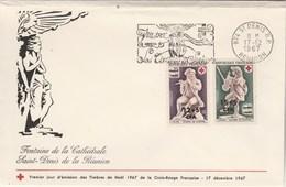 REUNION FDC  Yvert 378 Et 379 Paire Croix Rouge Cachet Flamme St Denis 17/12/1967 - Enveloppe Pliée En Haut - Réunion (1852-1975)