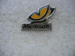Pin's MICROSOFT - Computers