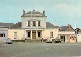 Saint Pere En Retz - L ' Hôtel De Ville - Autres Communes