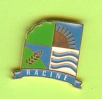 Pin's Ville Du Québec Racine - 4FF29 - Villes