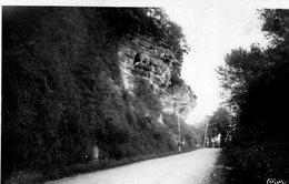 Environs De Montmorillon - La Route Des Rochers - Montmorillon