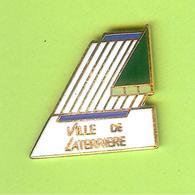 Pin's Ville Du Québec Laterrière  - 5FF21 - Villes