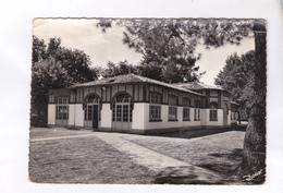 CPM PHOTO  DPT 33 ANDERNOS, PUPILLES ECOLE PUBLIQUE, REFECTOIRE AERIUM En 1962! - Andernos-les-Bains