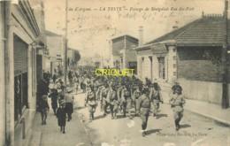 33 La Teste, Passage De Sénégalais Rue Du Port, Vero Taxé Et Cachet Trouvé à La Boîte, 1916 - France