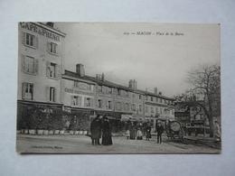 CPA 71 SAONE ET LOIRE - MACON : Place De La Barre - Scène Animée - Macon
