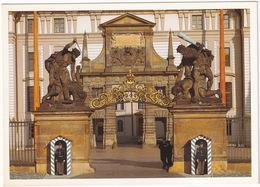Praha / Prague - Hrad Matyasova Brána - Matthias Gate, Guards - (Ceska Republica) - Tsjechië
