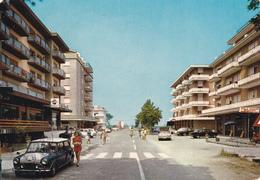 MARINA DI ERACLEA - VENEZIA - BAR CON INSEGNA PUBBLICITARIA BIRRA PERONI - PEPSI COLA - AUTO MINI MINOR - 1981 - Venezia (Venice)