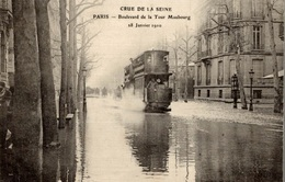 CPA Crue De La Seine Paris Boulevard De La Tour Maubourg 18 Janvier 1910 - De Overstroming Van 1910