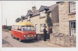 AI54 Rhyl - Meriadog Postbus At Groesfordd Marli Post Office - Postal Services