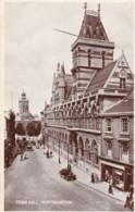 AR35 Town Hall, Northampton - Rppc, Animated, Shops, Vintage Cars - Northamptonshire
