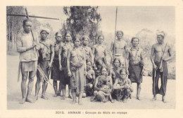 Tribu Mois En Voyage. Femmes Indigènes Non écrite Tbe - Vietnam