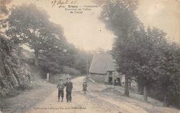 Erquy        22        Chaumière Bretonne Au Vallon De  Cavey      (voir Scan) - Erquy