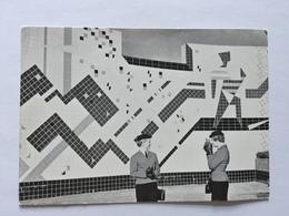 19A - Expo Universelle Bruxelles 1958 Epicarte Pavillon Des Arts Du Feu Avec Hotesses - Expositions