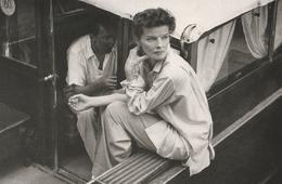 Cartolina  - Postcard / Non  Viaggiata -  Unsent -  Katharine Hepburn  ( Moderna ) - Artisti