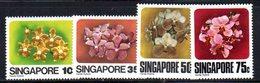 APR1568 - SINGAPORE 1979 ,  Yvert N. 317/320  ***  MNH  (2380A) . Orchidee - Singapore (1959-...)