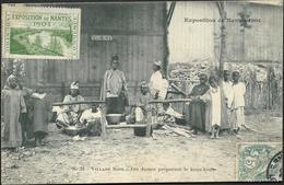 Vignette   Exposition De Nantes 1904 Sur CP - Village Noir - Les Dames Préparant Le Kous-Kous - Commemorative Labels